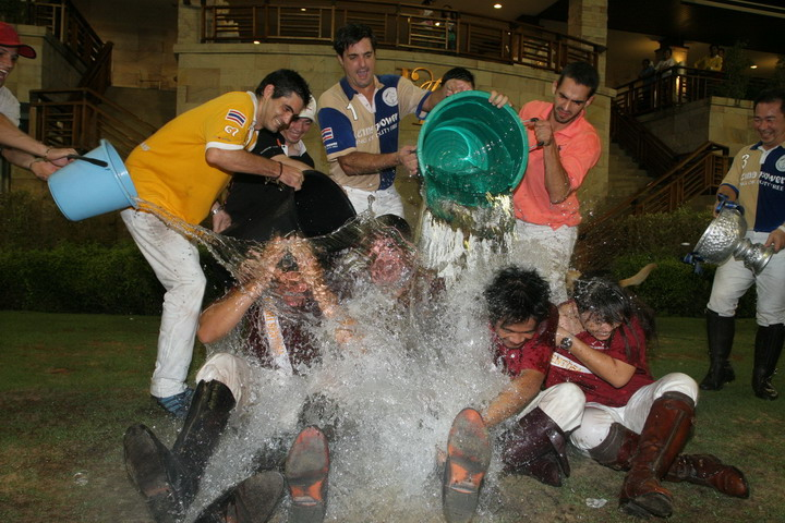This is what happens when you don't win the Songkran Cup -- Ice Water recipients 2008.